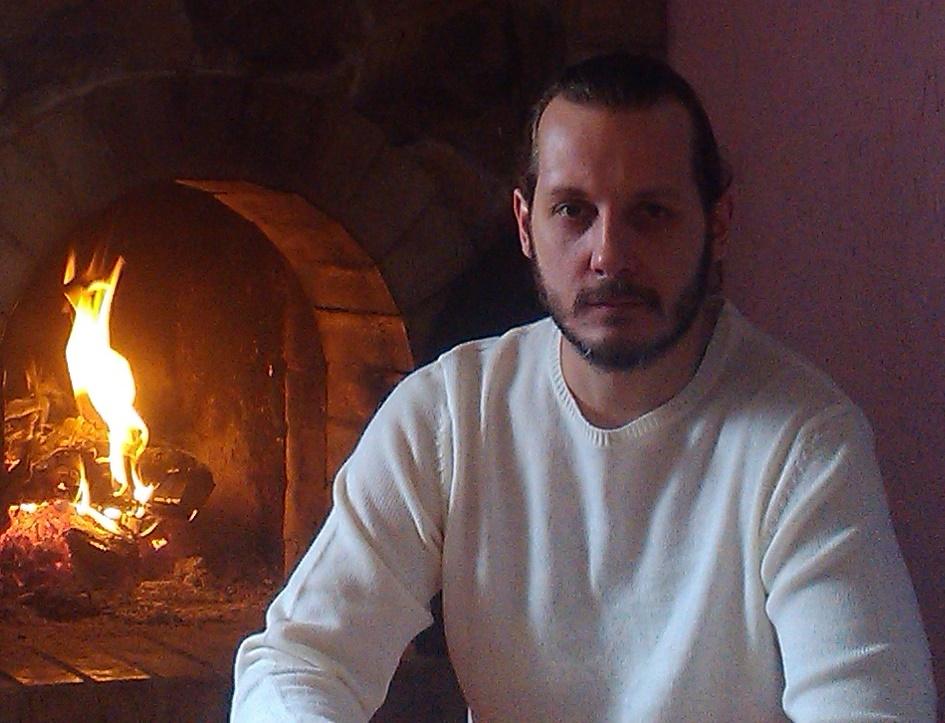 Я, Славолюб Богач, эксперт взаимоотношений и любви, ведический психолог специально для вас записал вебинар